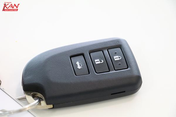IMG_7650-copy รีวิว Yaris ATIV Eco Car น้องใหม่ Option จัดเต็ม