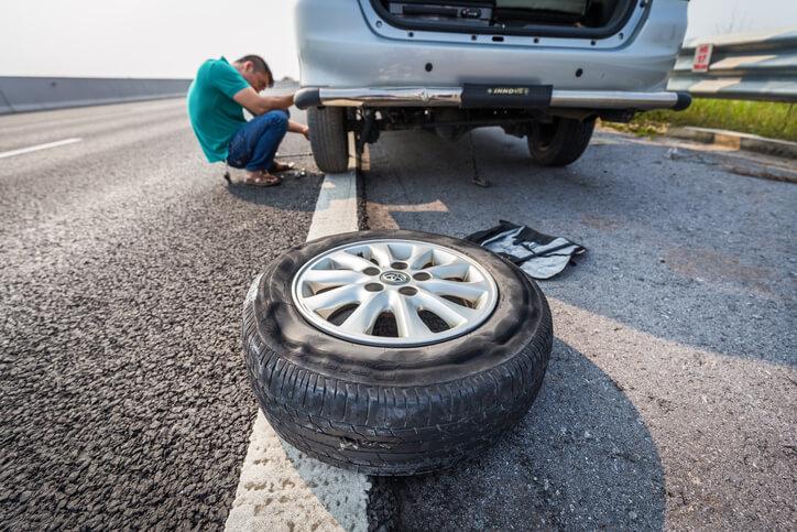 iStock-617600210 ยางอะไหล่รถยนต์ ที่ไม่เคยใช้งาน มีอายุขัยควรปลดระวางภายในกี่ปี?