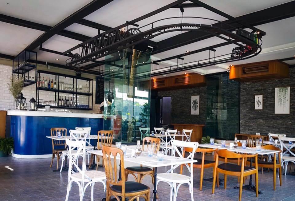 26166514_1547484688654036_749429142693988221_n NATEE The Riverfront Hotel Kanchanaburi